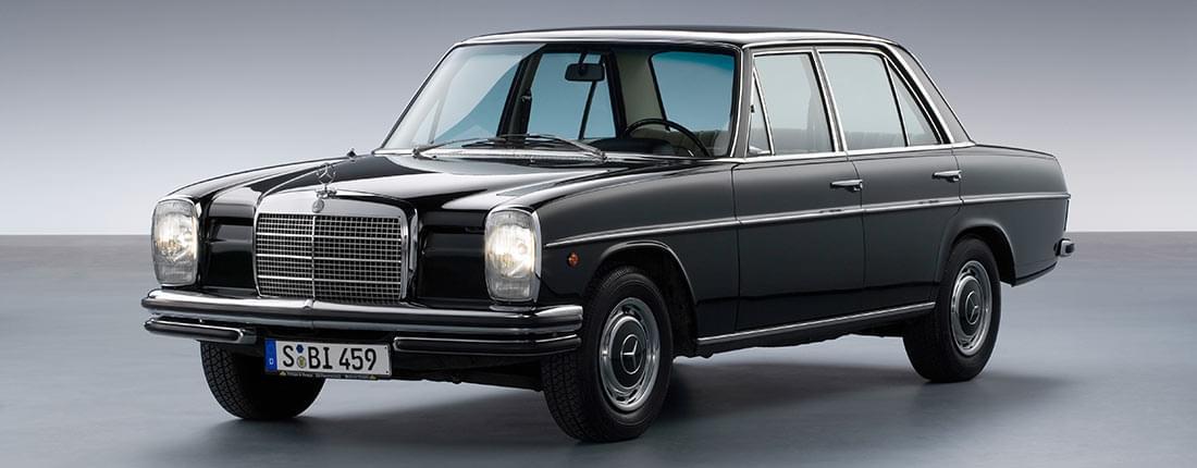 Mercedes-Benz 230