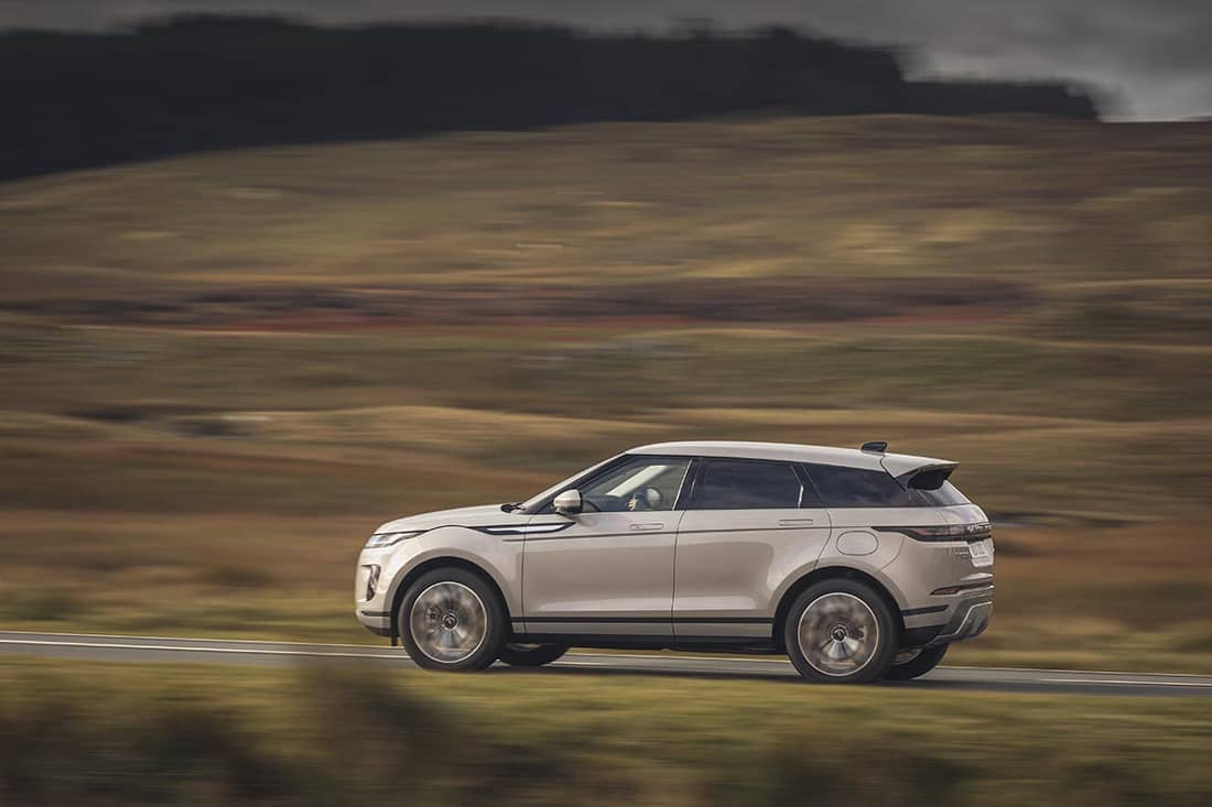 AS24 Evoque rijdend