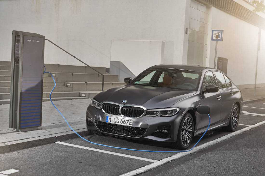 AS24 PHEV BMW 330e