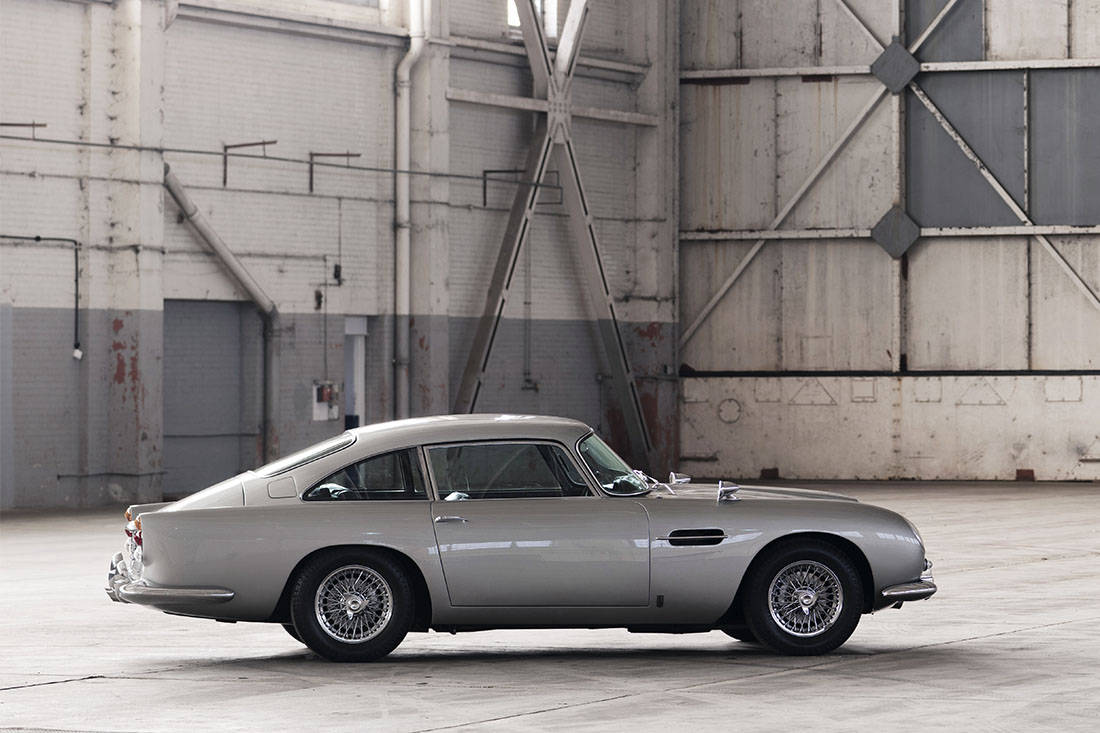 AS24 Manuele bak Aston Martin DB5