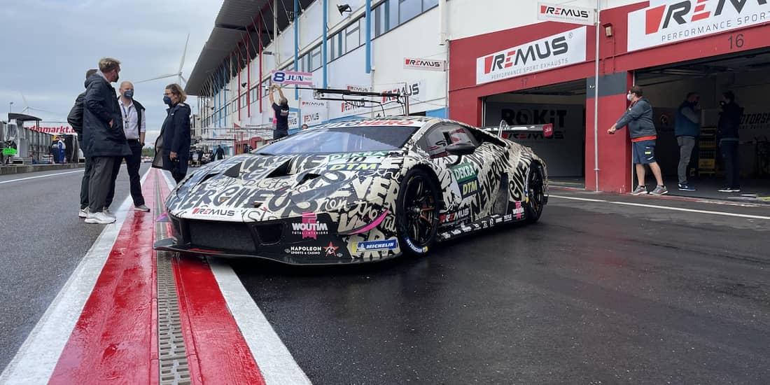 La princesse Delphine de Belgique conçoit une Lamborghini ...